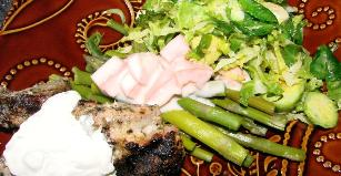 Asparagus With Fresh Tomato Yogurt Sauce
