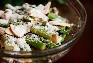 Fresh Balsamic Asparagus Salad