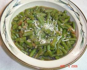 Green Beans In Onion Sauce
