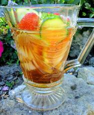 English Pimms On The Lawn - Pimms No.1 Cup Cocktail
