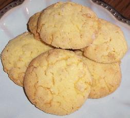 Crisp Little Lemon Cookies