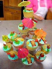 Teddy Bear Vacation Cupcakes