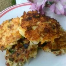 Crab, Prosciutto & Green Onion Potato Cakes! #5fix