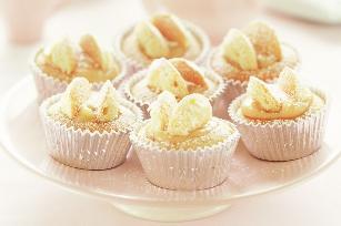 Lemon curd butterfly cakes