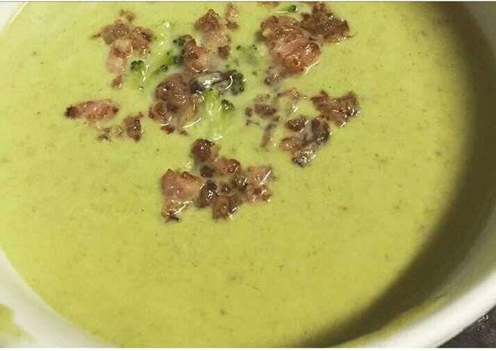 Sopa de Brócolis com Bacon