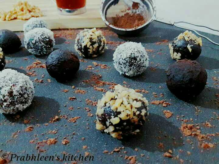 2 Ingredient Chocolate Truffles