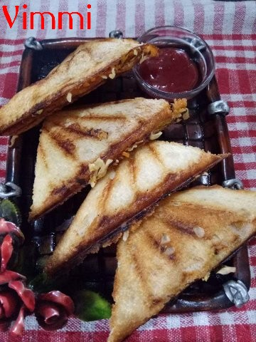 Cheese vegetable grilled sandwich