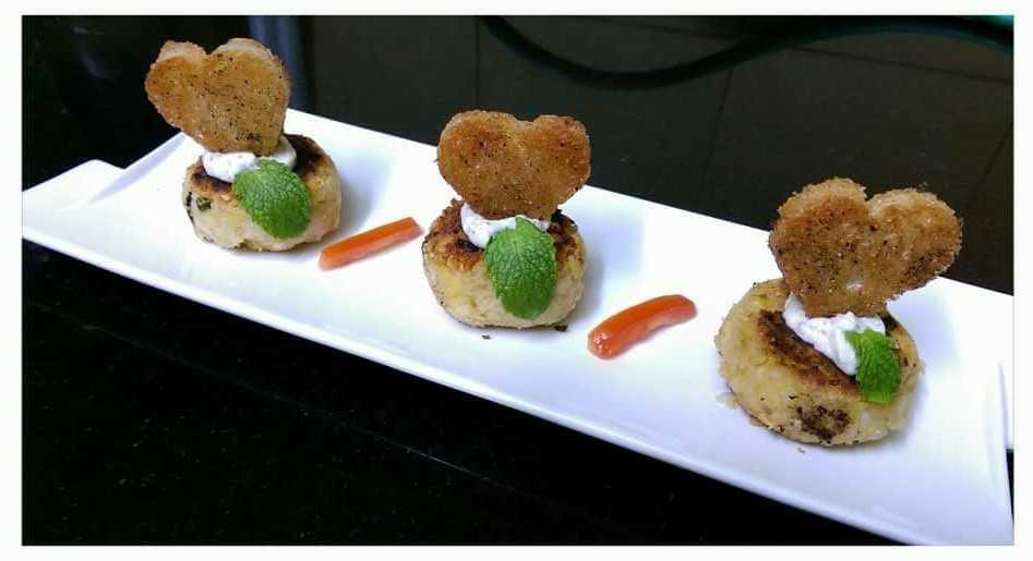 Falafel Tikkis With Masala Croutons