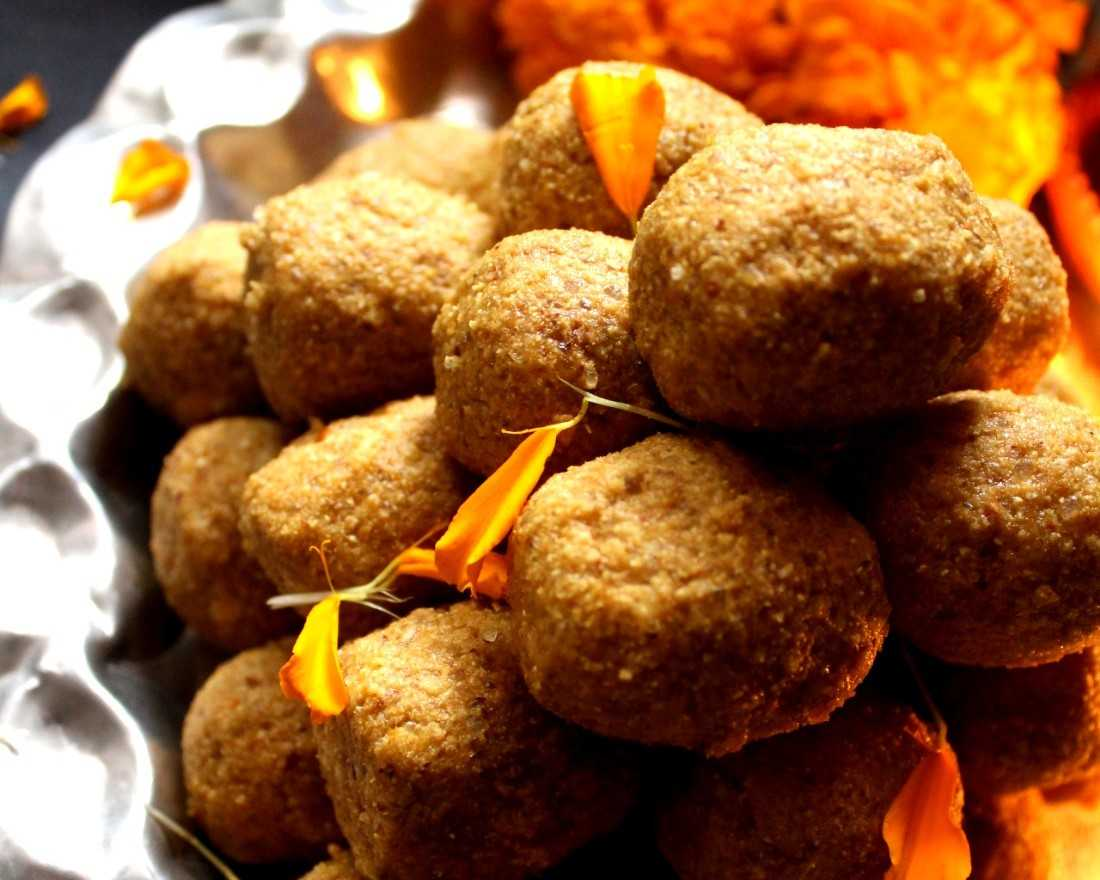 Besan Ke Ladoo For Beginners