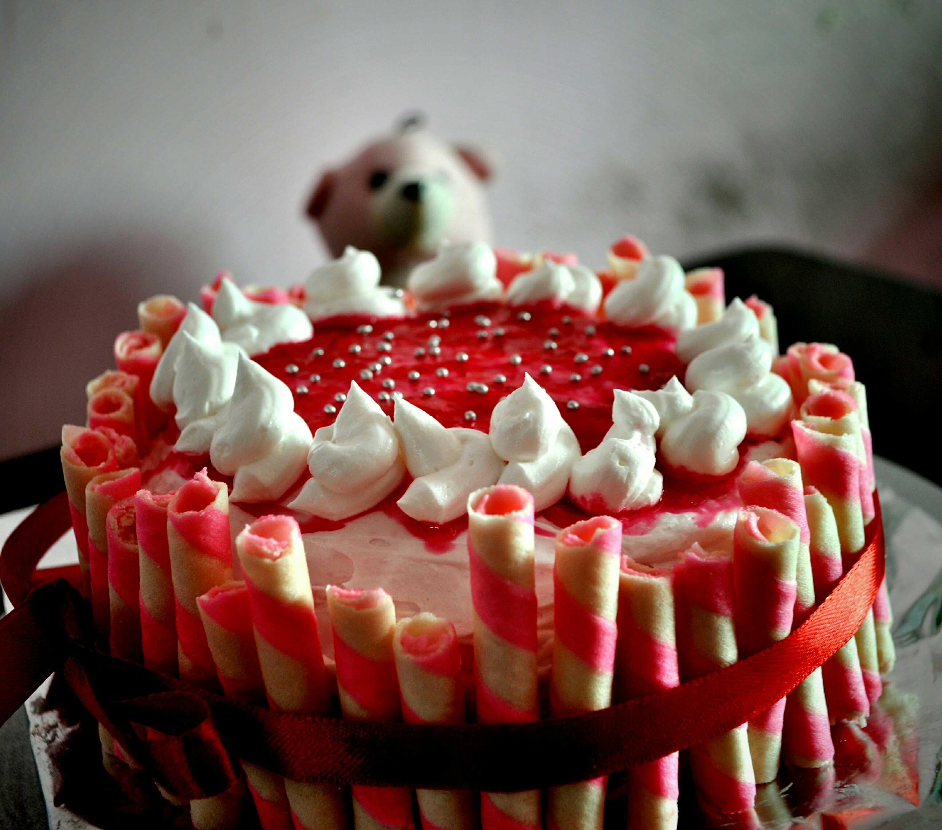 Strawberry Extreme Cake