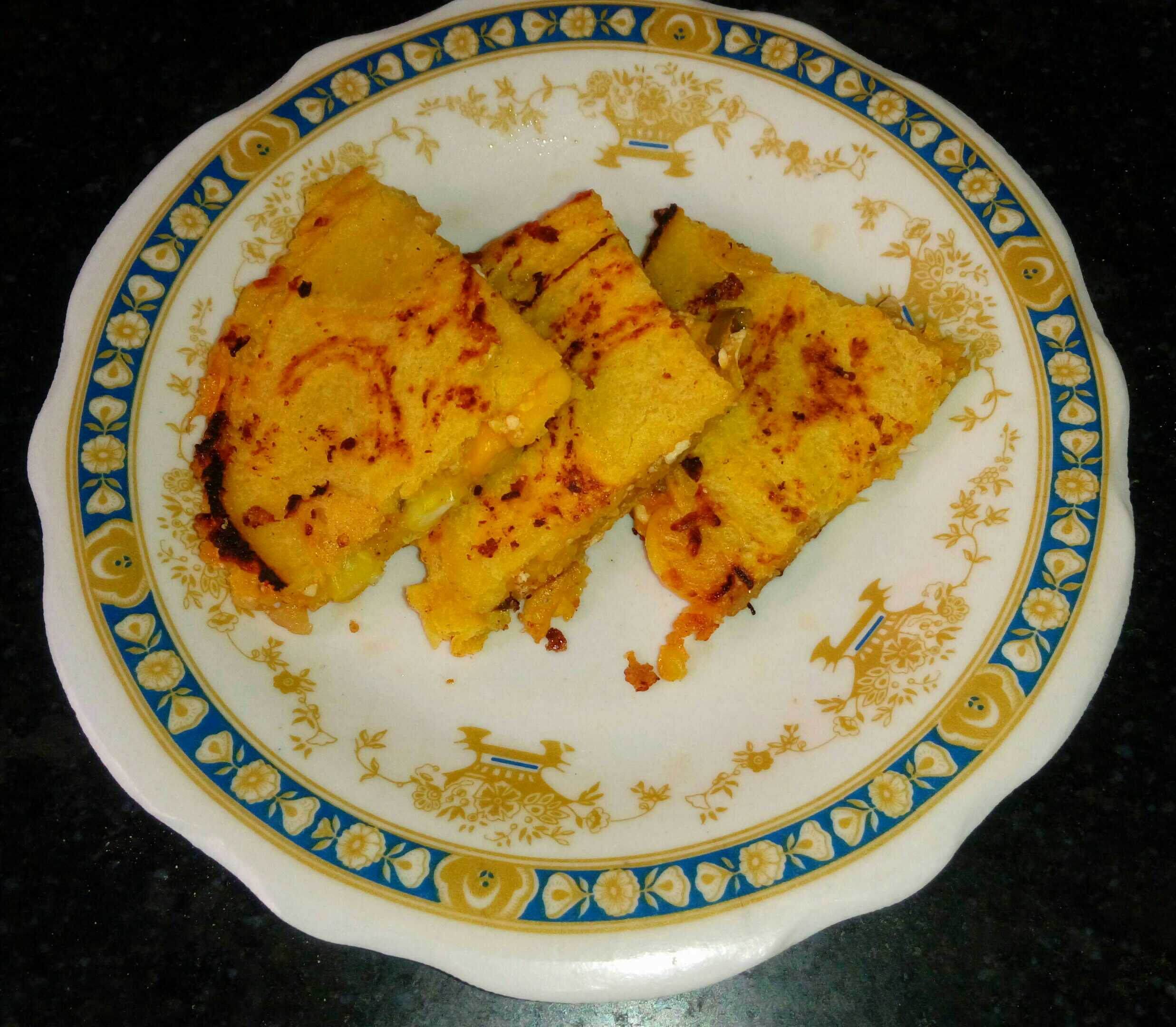 Paneer stuffed corn pancake
