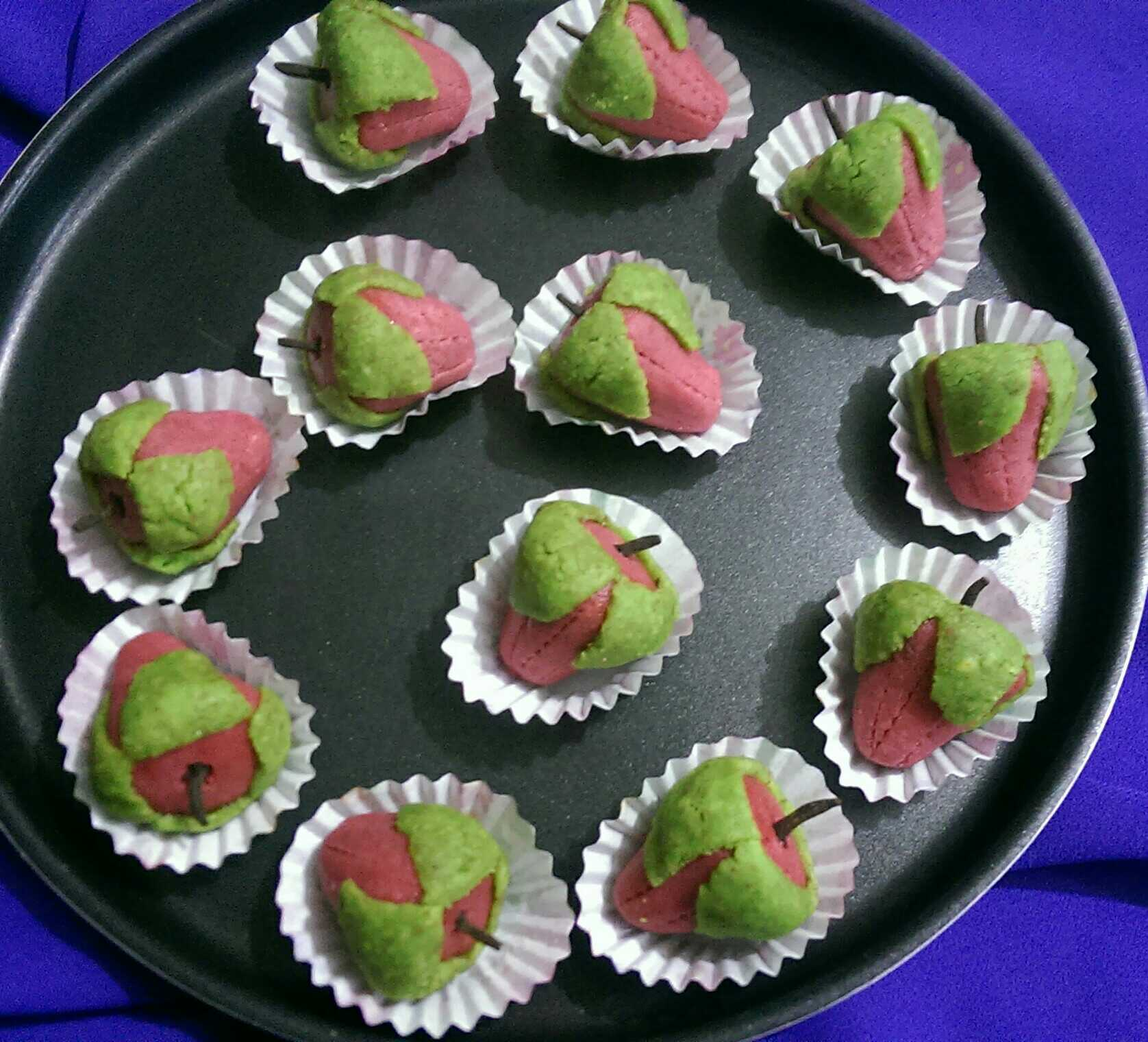 Almond Strawberry delights