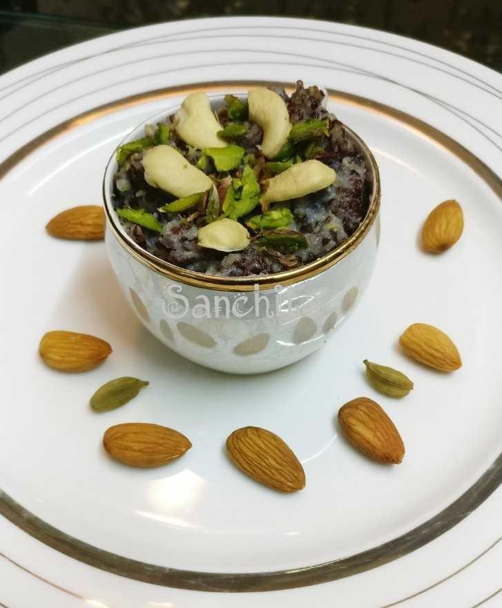 Nutty Quinoa Vanilla Pudding