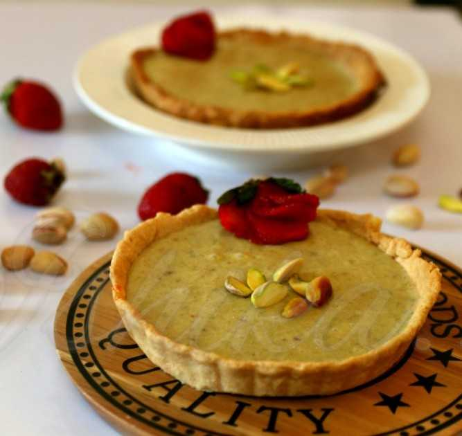 Pistachio And Cheese Tarts