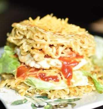 Maggi Chicken Burger
