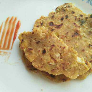 Cornmeal and whole wheat cabbage parantha