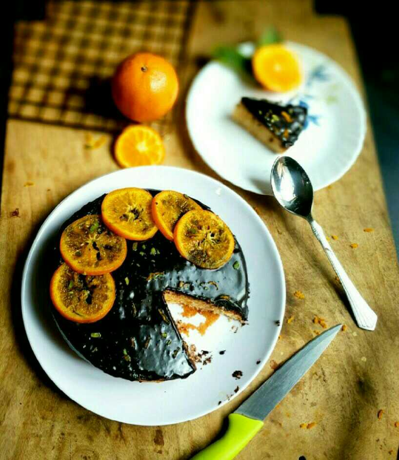 Chocolate-Orange cake with Caramelized orange slices