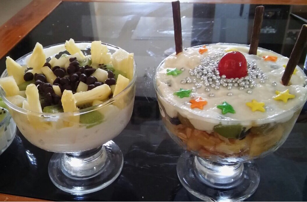 Baked curd with fruits