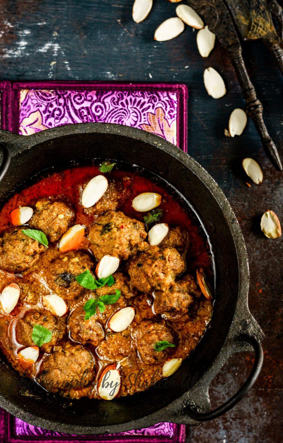 Badami Mutton Kofta – Spicy Meat Balls In Almond Gravy