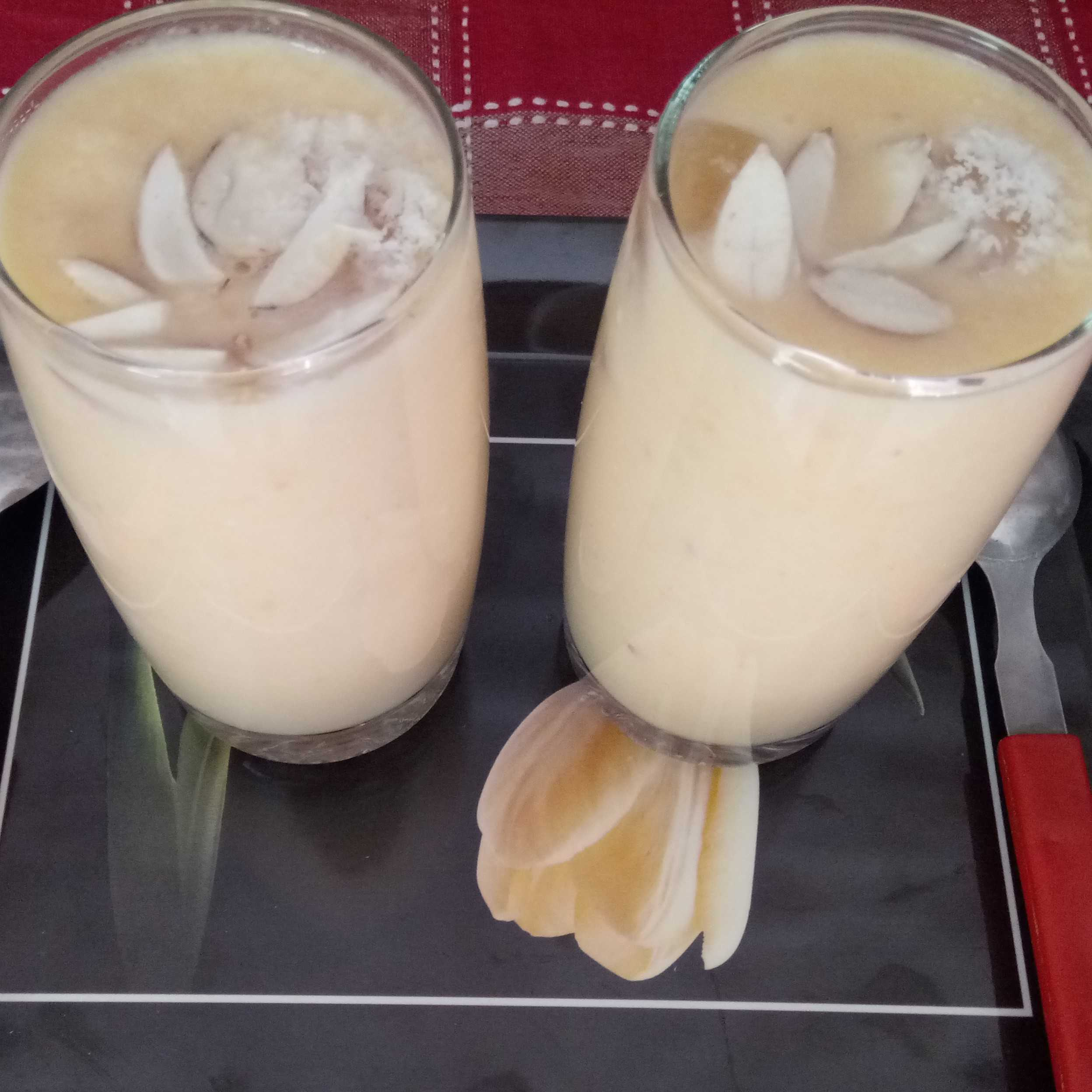 Musk Melon And Coconut Shake