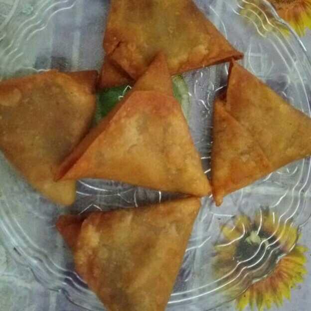 Irani Onion Samosa With My Twist