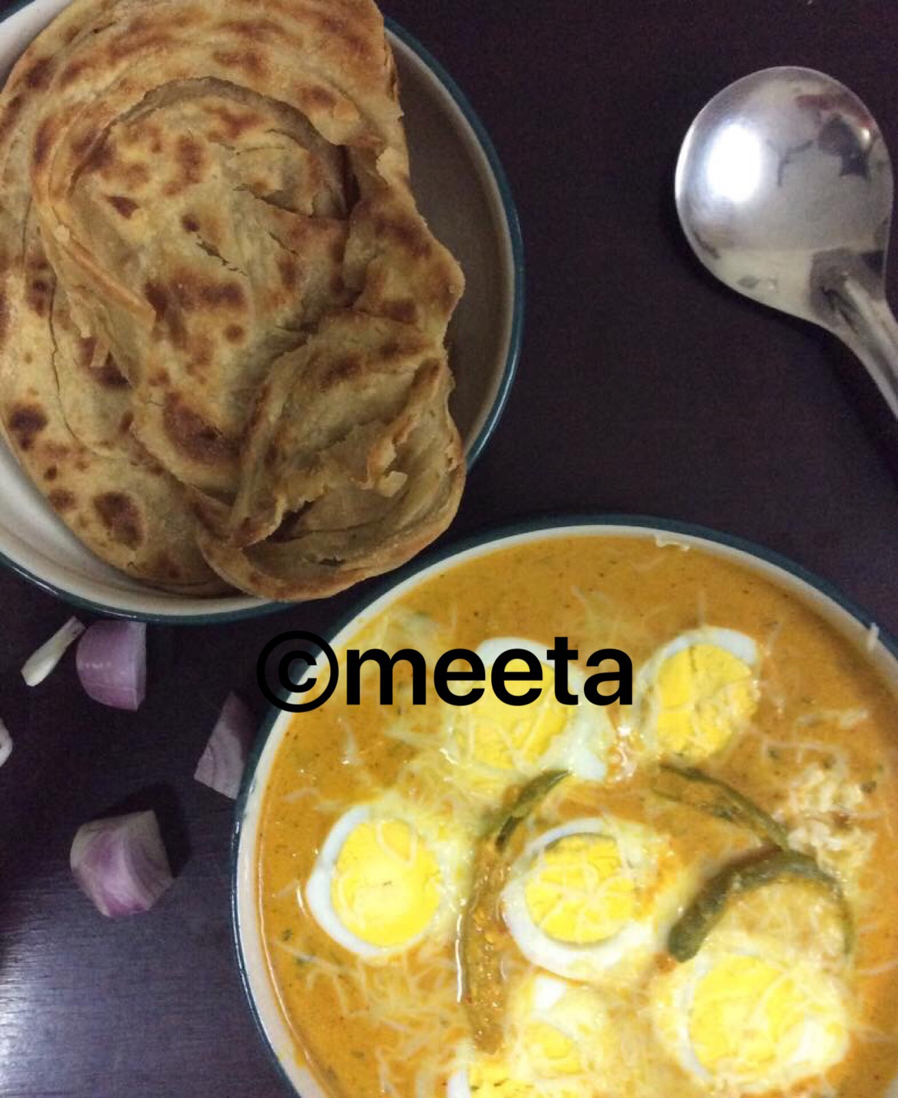 Cheesy Egg Curry