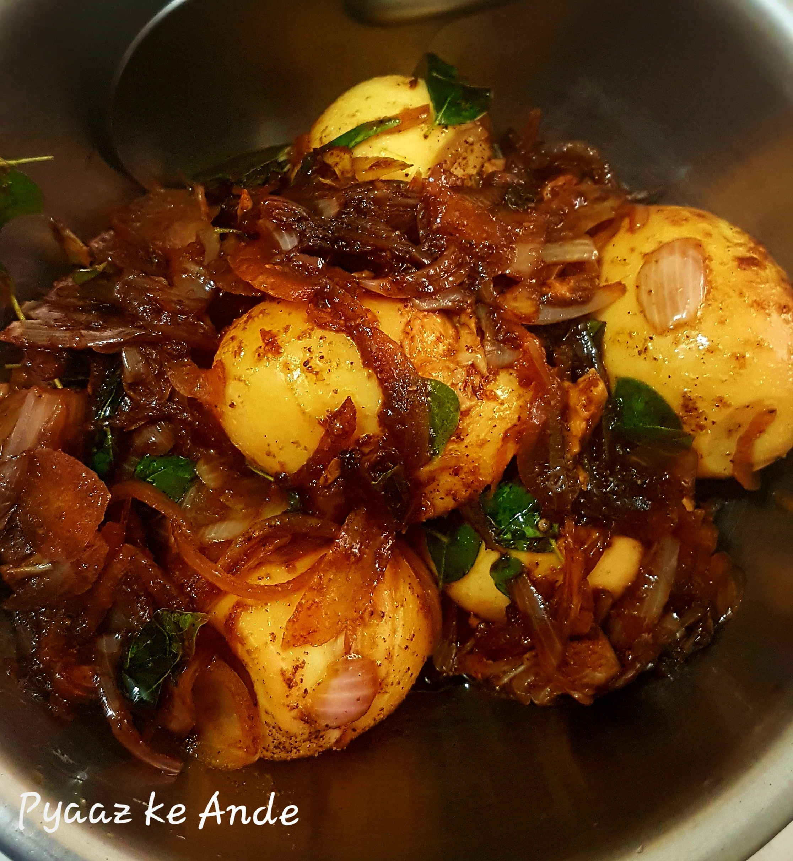 Pyaaz ke Ande   Eggs with Onions