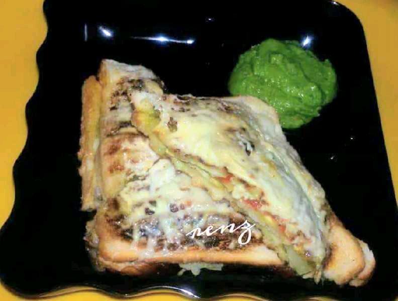 Grilled Veg Cheese Sandwich