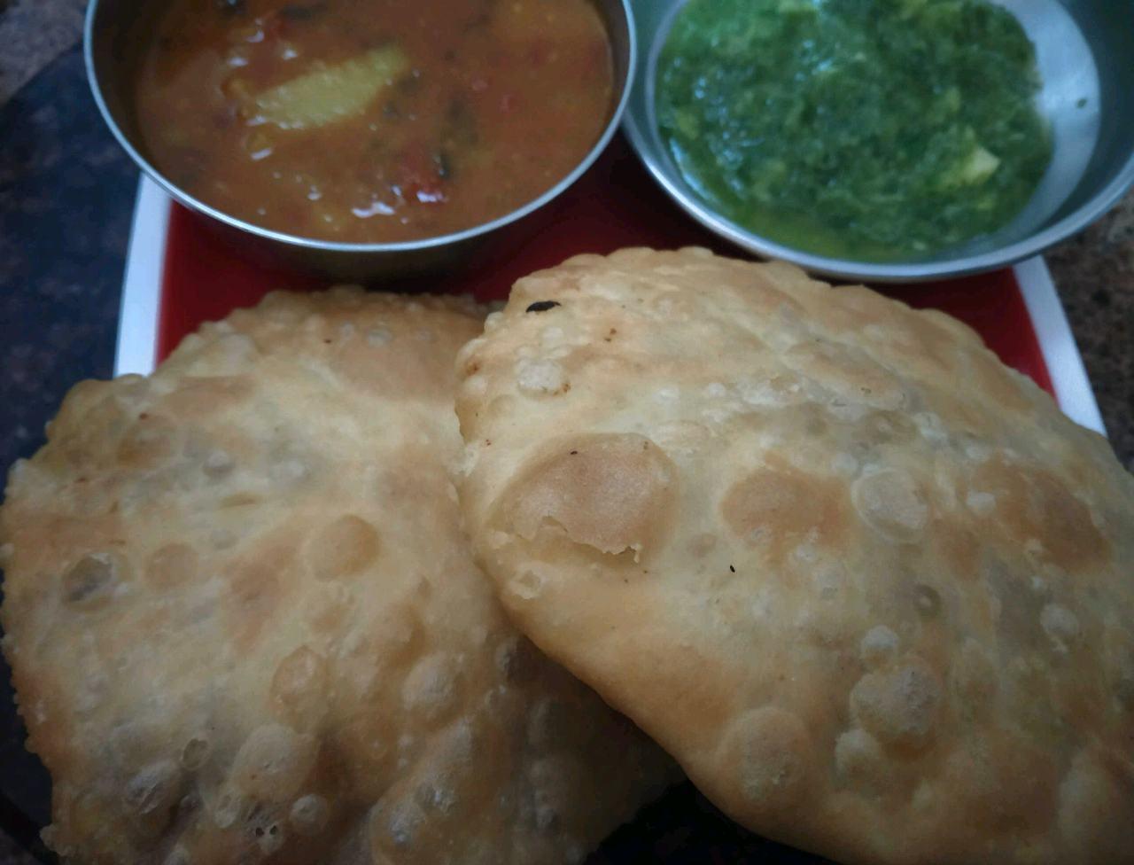 Jaipuri Onion Kachouri