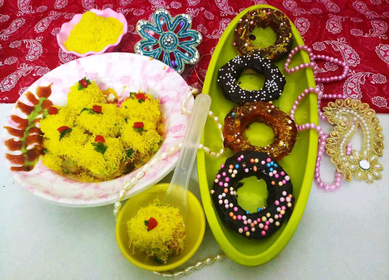 Left over idli Chaat and doughnuts 🍩