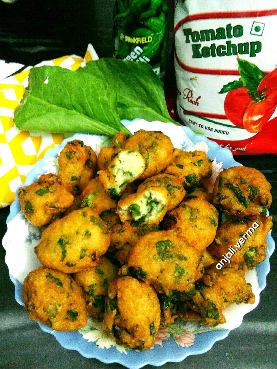 Crispy Spinach   And Lentil Fritters