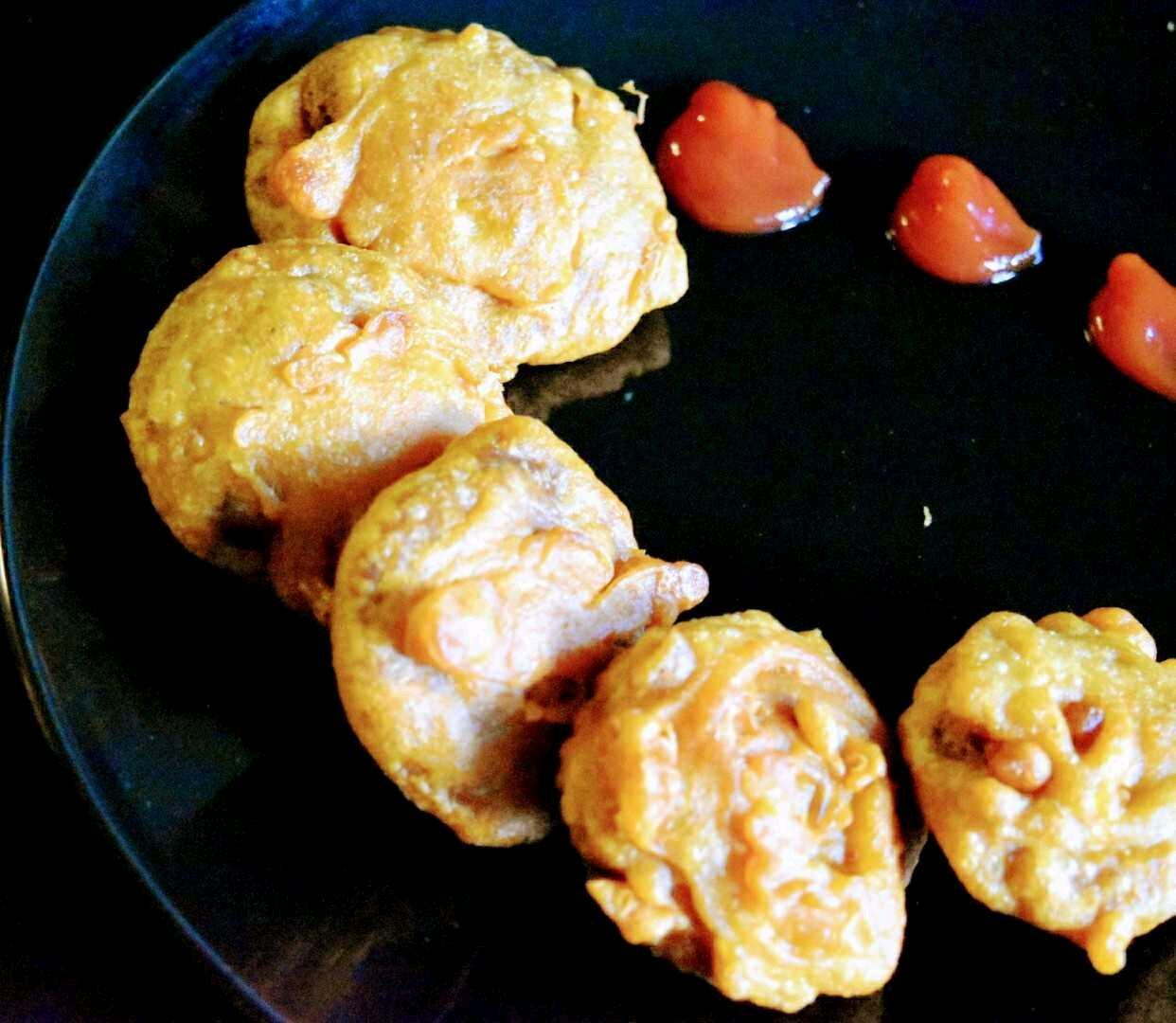Bengali Style Arbi Fritters( Taro Root Fritters)