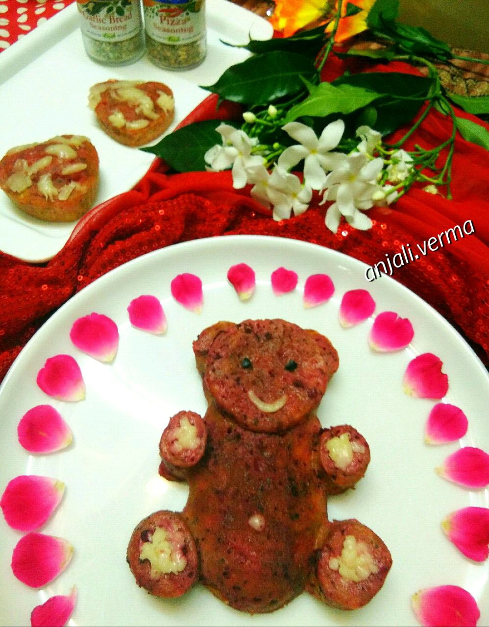 Beetroot Teddybear Cheese Pizza Cake