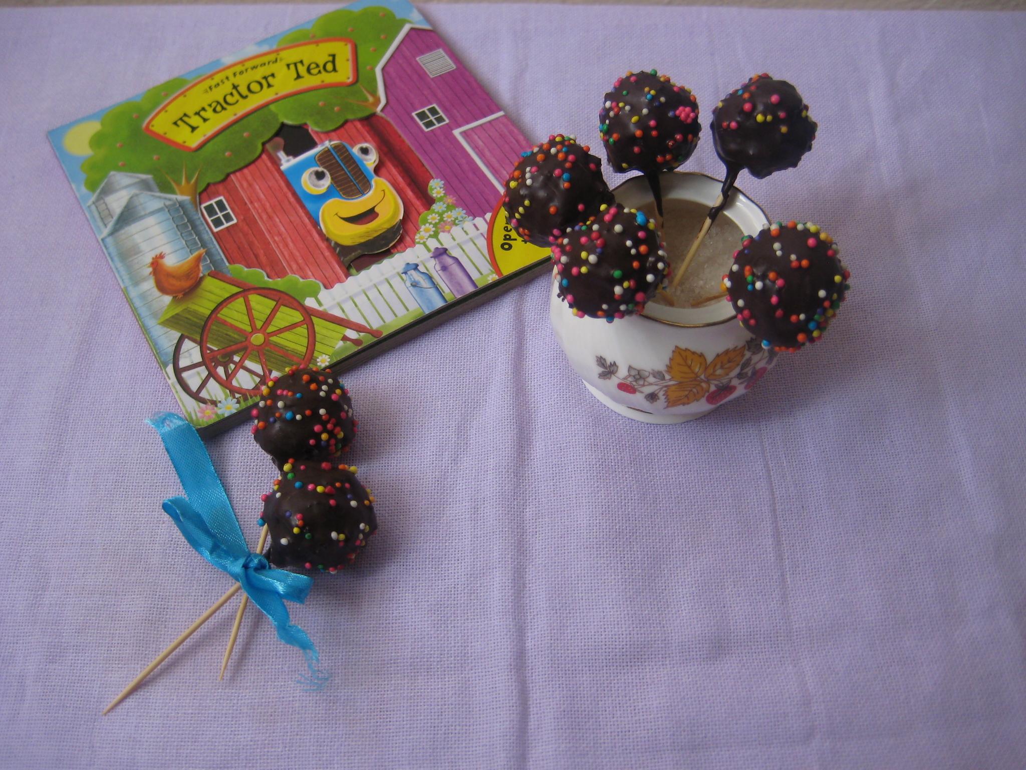 Chocolaty Cake Pops