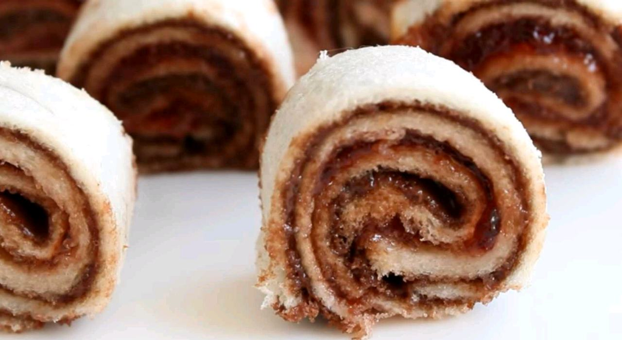 Chocolate Pinwheel Sandwiches