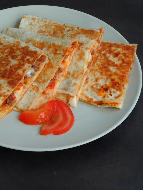Fusion Pizzadillas