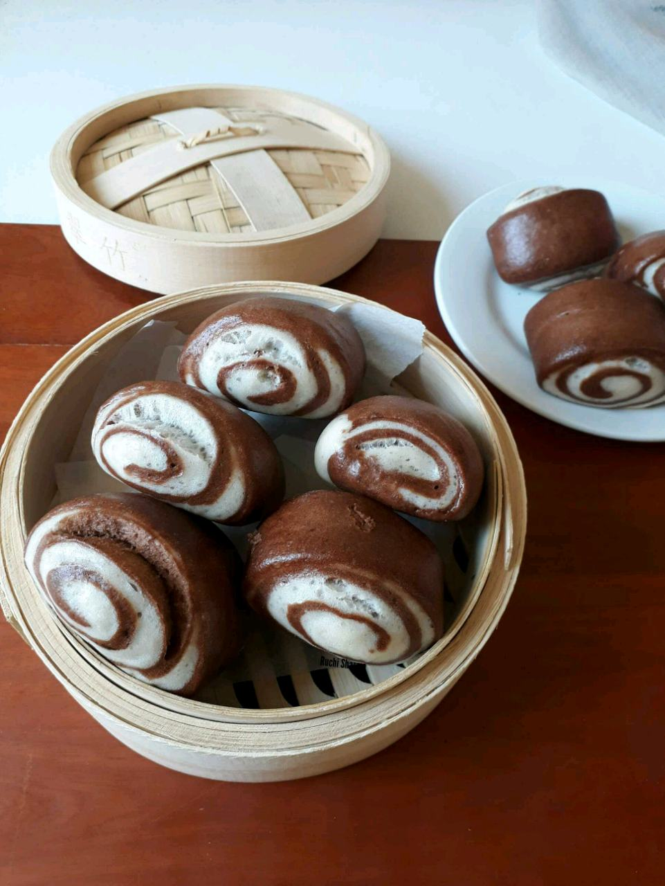 Chocolate Spiral Mantou