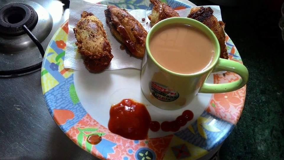 Bread cutlets with hot hot tea