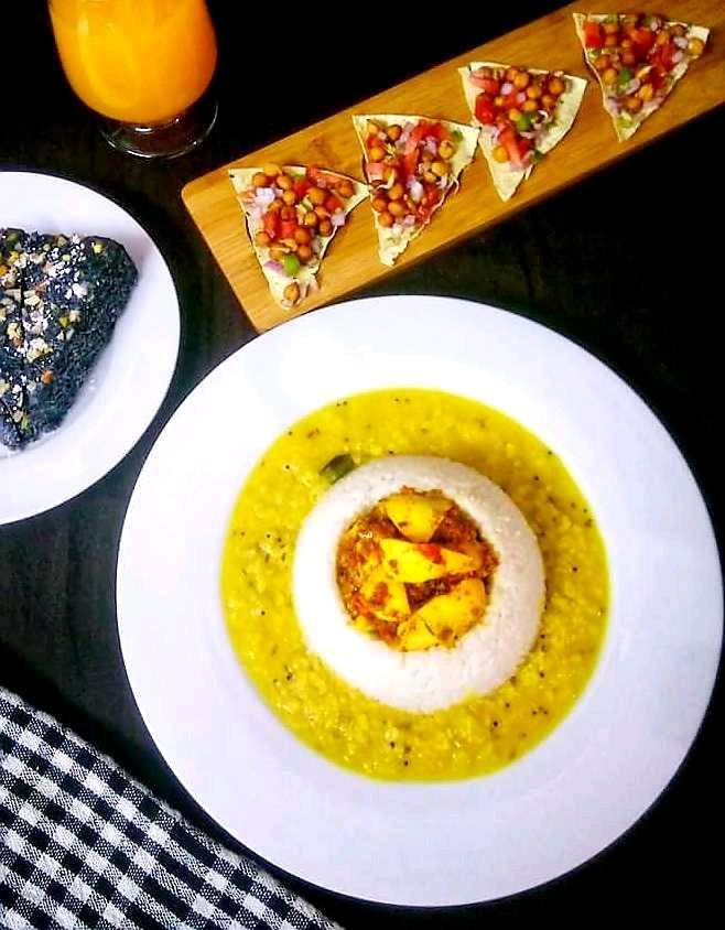 Chettinad Egg Fry And Dal Fry Served With Steam Rice