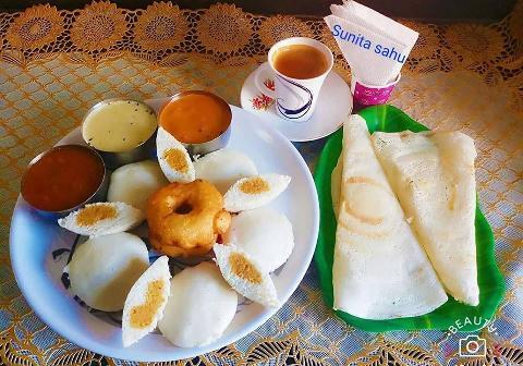 South Indian Breakfast Platter