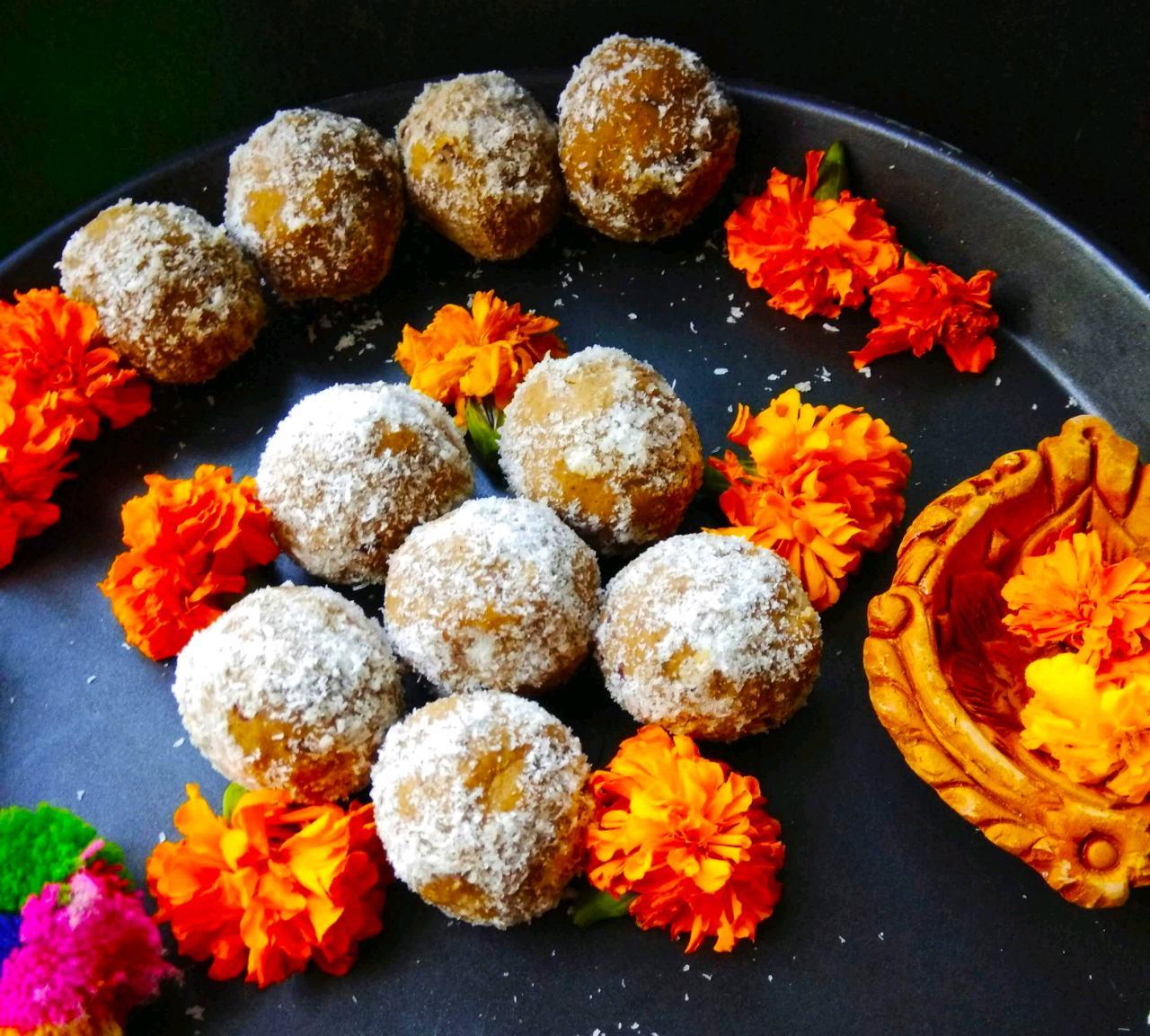 Bajra Dates Ladoos