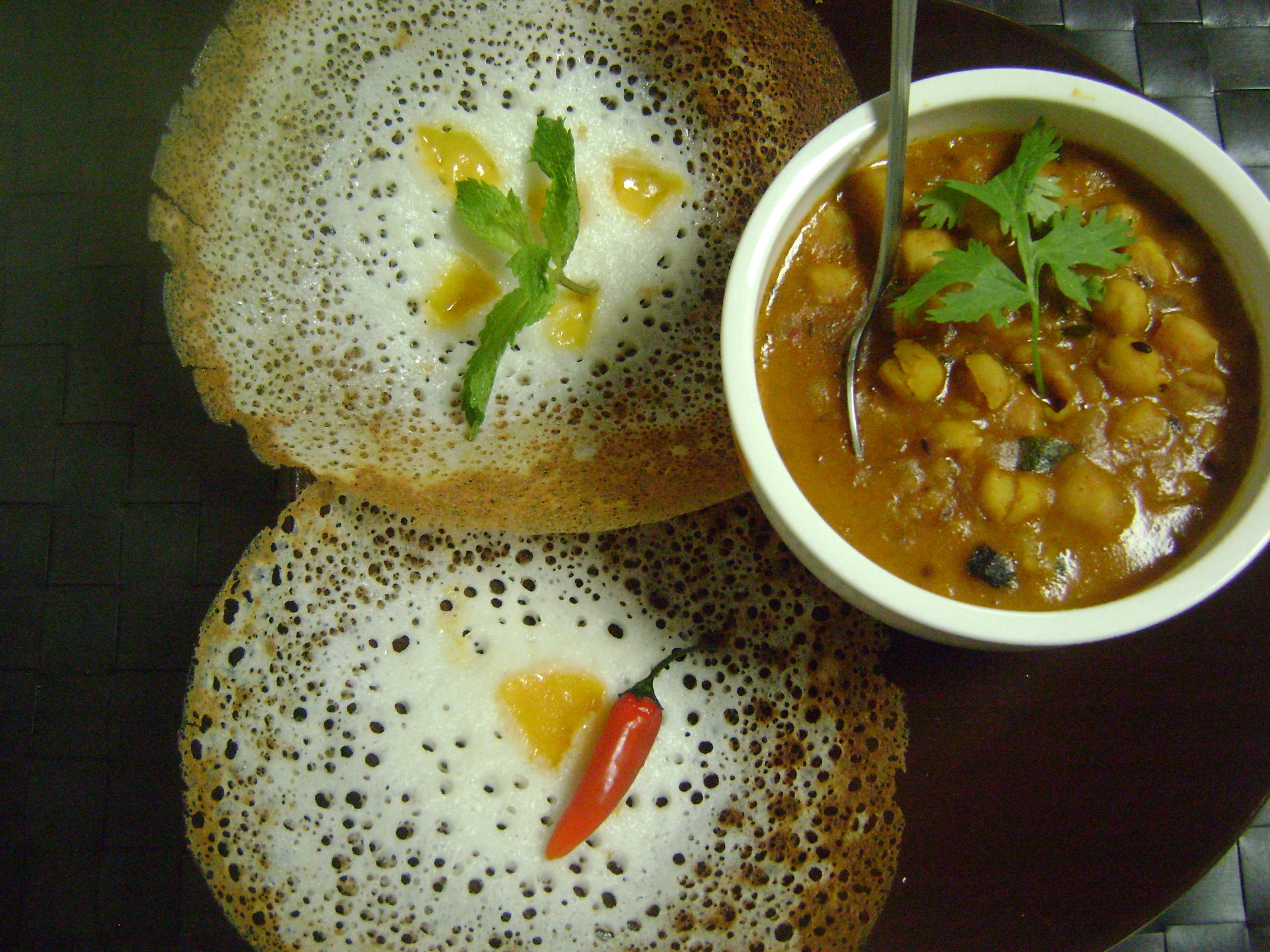 Appam (Traditional Kerala Breakfast)