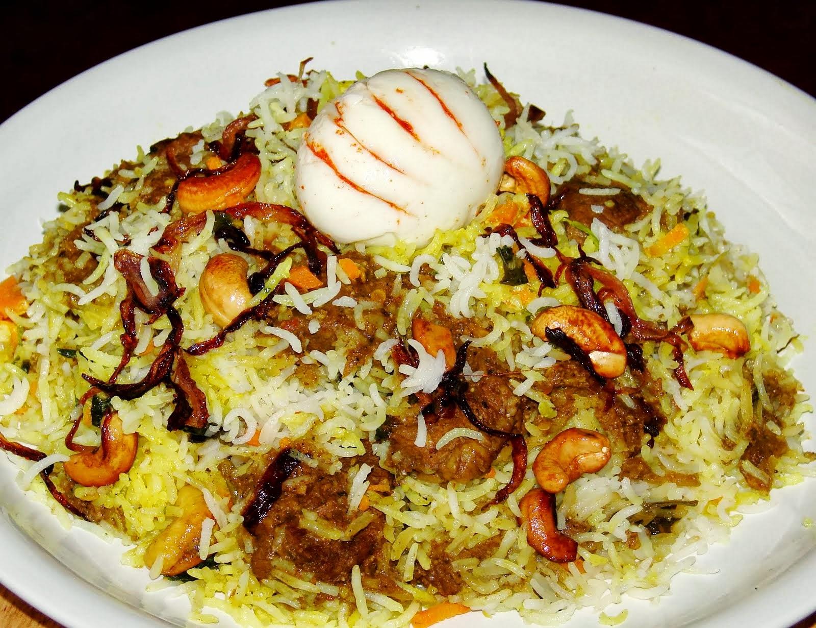 Thalassery Chicken Biryani recipe | chicken recipes | Selladurai Chef recipes | Recipebook