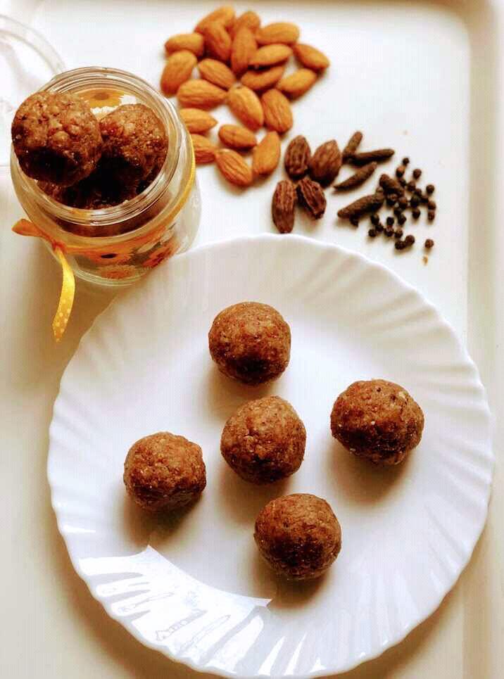 Raisins And Dates Spicy  Winter Ladoos