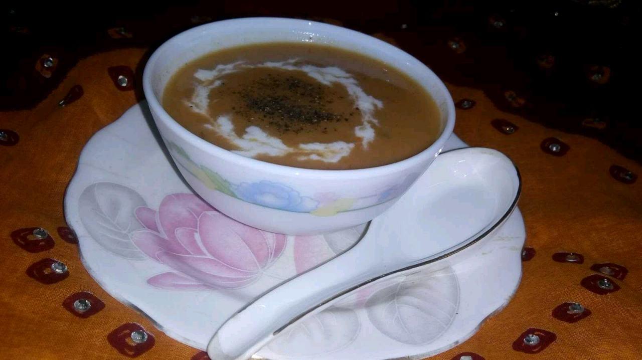 Moong Dal Tomato Soup