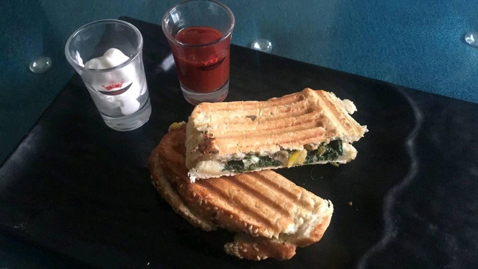 spinach corn grilled sandwich