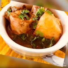 Whosayna's Aloo Chicken Curry