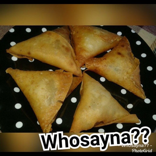 Whosayna's Veggies Samosas