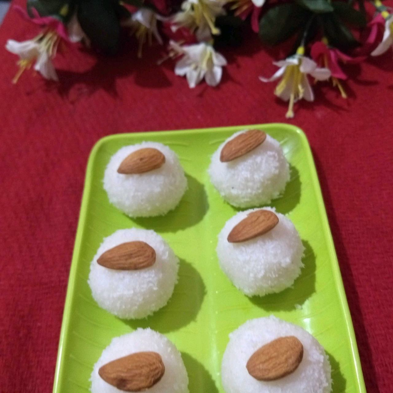 Paneer Coconut Laddoos