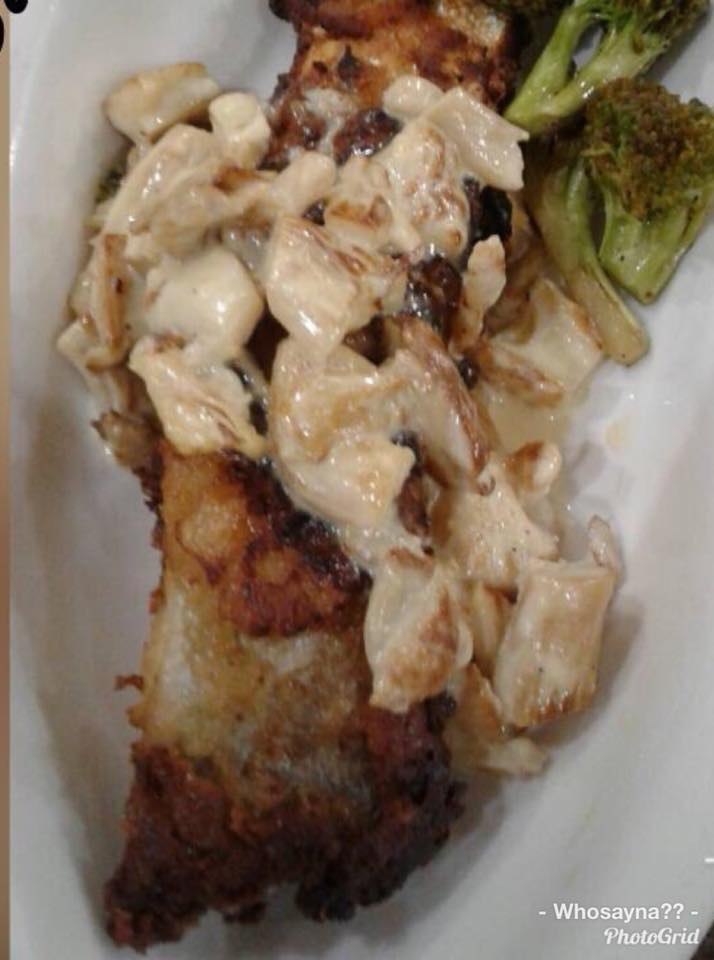 Crispy Fish topped wid Mushroom Sauce n Stirfried Brocolli